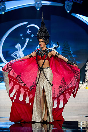 Miss Thailand 2012 Nutpimon Farida Waller performs at the 2012 Miss Universe National Costume Show of the 2012 Miss Universe Presentation Show on December 14, 2012 in Las Vegas. ? AFP Photo