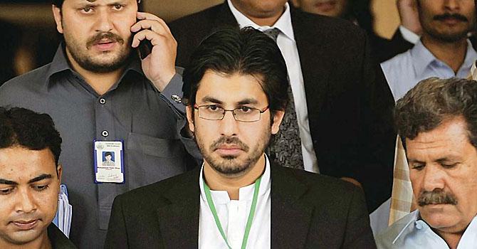 http://i.dawn.com/2012/12/arsalan-iftikhar-dawn-epaper-file-670.jpg