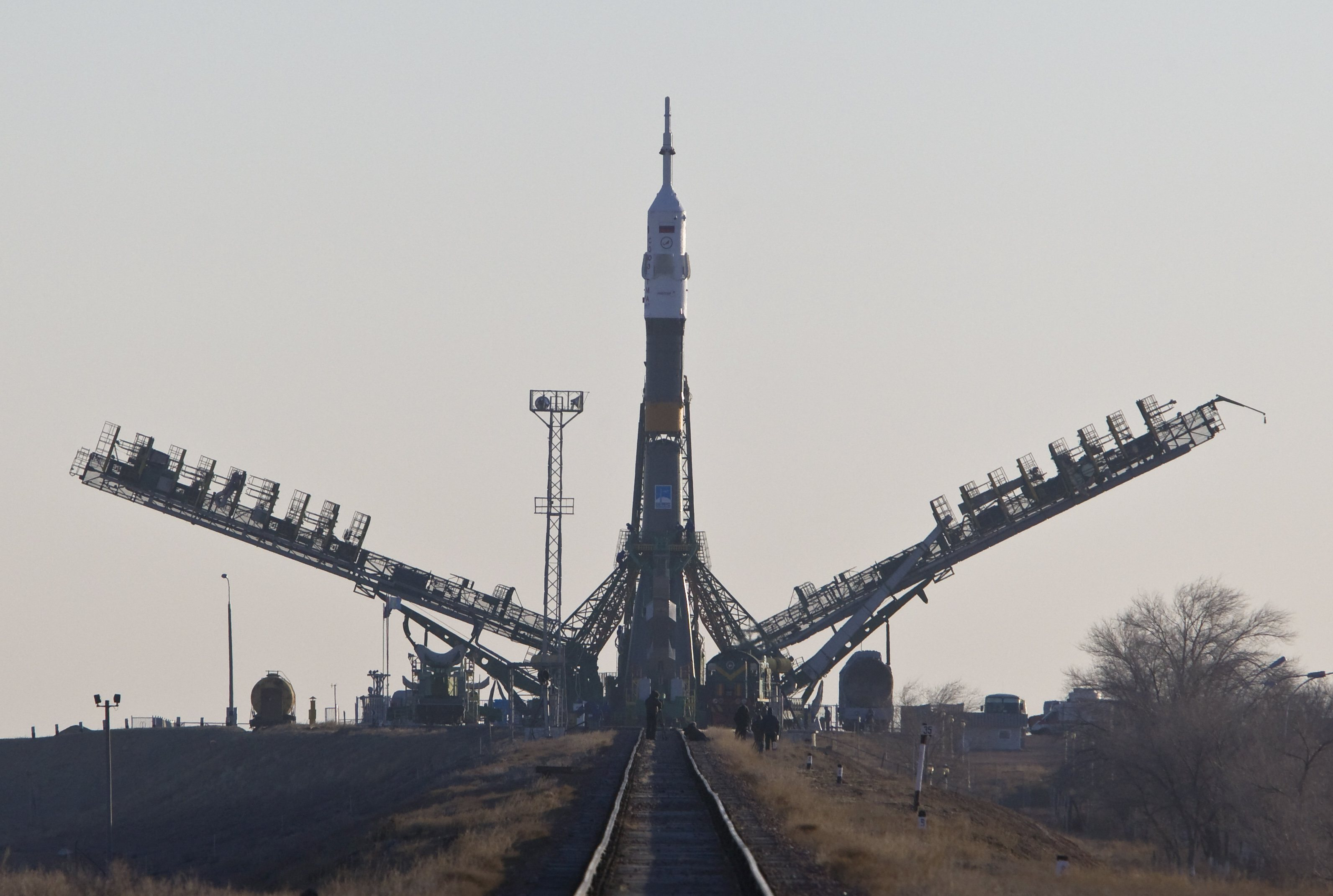 The Soyuz TMA-07M spacecraft is set on its launch pad at the Baikonur cosmodrome December 17, 2012. The Soyuz spacecraft, which will carry U.S. astronaut Thomas Marshburn, Russian cosmonaut Roman Romanenko and Canadian astronaut Chris Hadfield, is scheduled to fly to the International Space Station on December 19. REUTERS/Shamil Zhumatov (KAZAKHSTAN - Tags: SCIENCE TECHNOLOGY TRANSPORT)