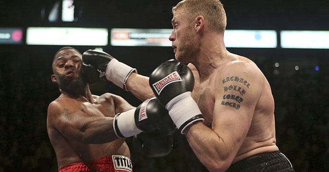 flintoff, dawson, flintoff dawson, flintoff boxing, flintoff bout, Barry McGuigan