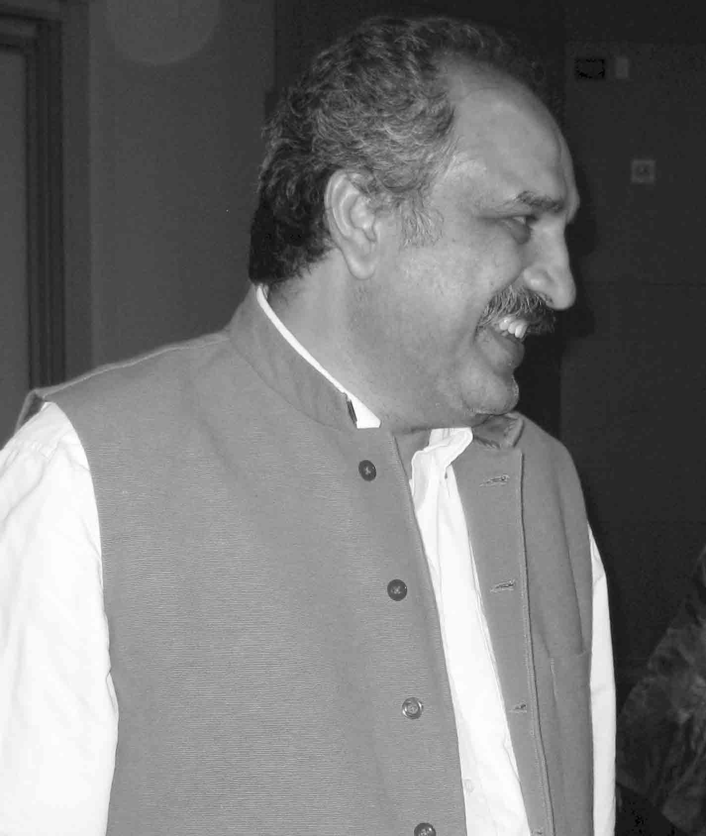 Kamran-Asdar-Ali16122012_CM