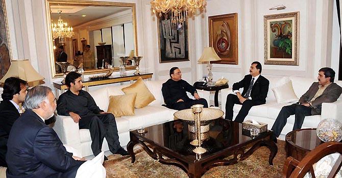 makhdoom mehmood governor-punjab-online-670