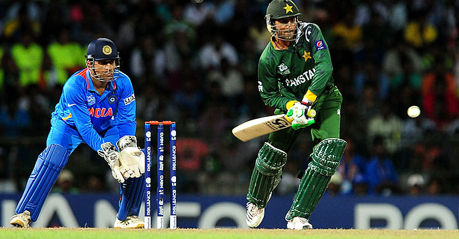 shoaib malik, misbah-ul-haq, shahid afridi, irfan pathan, irfan pathan pakistan, pakistan india series, pakistan india coverage, pakistan india live, pakistan india updates, pakistan's tour of india, pakistan india t20 series
