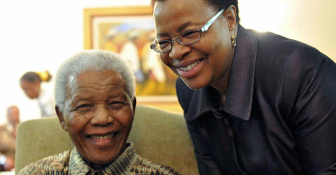 MAndela with his wife