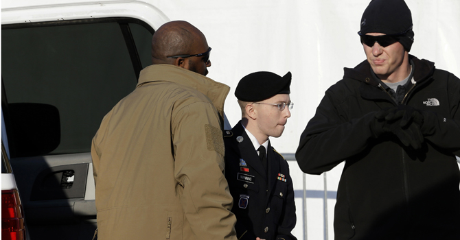 Army Pfc. Bradley Manning,  steps out of a security vehicle as he is escorted into a courthouse in Fort Meade, Md., Thursday, Nov. 29, 2012, for a pretrial hearing.—AP (File Photo)