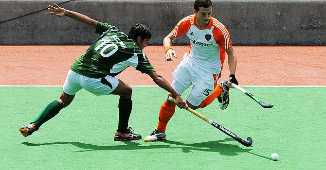 Pakistan lost their group match against Netherlands 3-1 and the semi-fial 5-1. - Photo by AFP