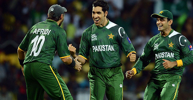 pakistan india bangalore, pakistan india 1st t20, pakistan's tour of india, umar gul, gul wickets, rahane, gambhir