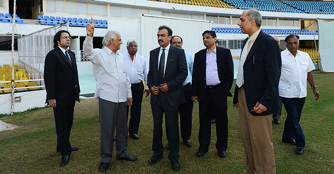 pcb, pcb officials, pakistan cricket