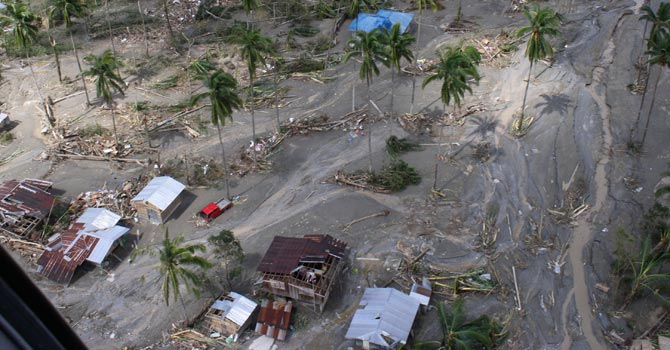 Philippine-typhoon-AP-670