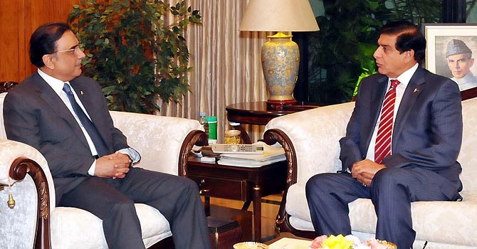 raja-zardari-meeting-inp-670