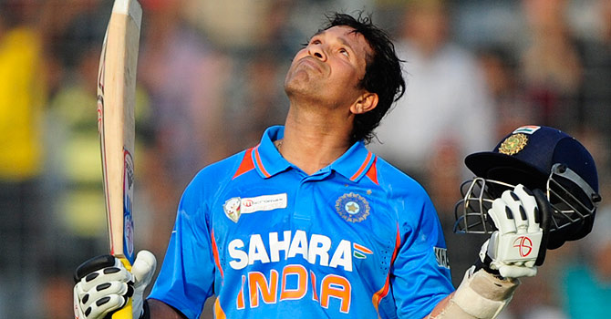 Tendulkar announces retirement from ODIs