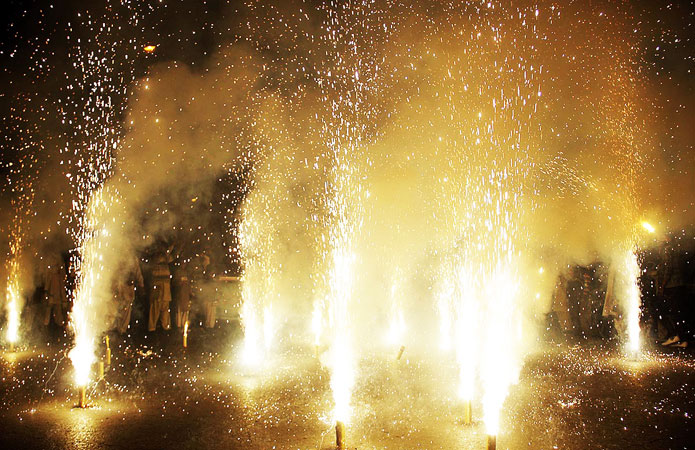 A view of fireworks during a torch rally to celebrate Eid Milad-un-Nabi, at Mall Road in Lahore. ?Photo by ONLINE