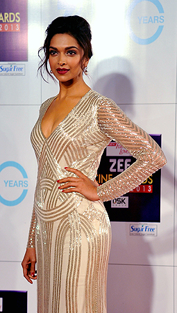 Indian Bollywood actress Deepika Padukone attends the Zee Cine Awards 2013 ceremony in Mumbai on January 6, 2013. ? AFP Photo