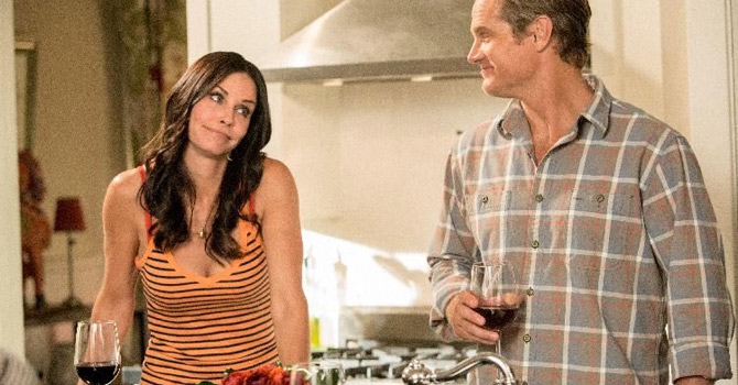 "This undated image released by TBS shows Courteney Cox, left, and Brian Van Holt in a scene from the fourth season of ""Cougar Town,"" premiering Tuesday, Jan. 8, 2013 at 10p.m. EST on TBS. (AP Photo"