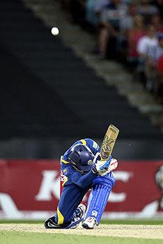 dilshan, Thisara Perera, mathews, warner, dave warner, sri lanka australia 1st t20