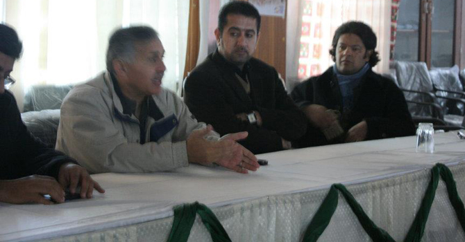Ali and Shahzada Zulfiqar (Balochistan's renowned journalist) at a meeting held by Aman Ettihad in Quetta aimed at sustaining ethnic and sectarian harmony.