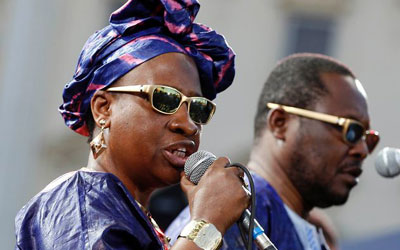 Malian singers and musicians Amadou (R) and Mariam perform at the Nice Jazz Festival in Nice. —Photo (File) Reuters