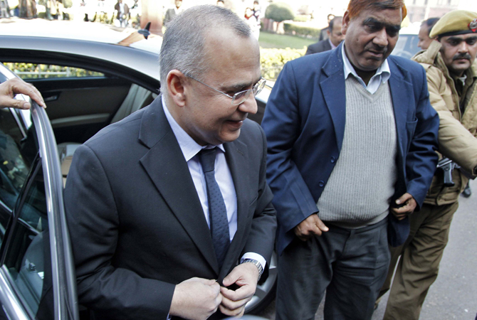 "Salman Bashir, Pakistan's ambassador to New Delhi disembarks his car as he arrives to meet Indian Foreign Secretary Ranjan Mathai in New Delhi January 9, 2013. India summoned Bashir on Wednesday to register a protest over the alleged killing of two Indian soldiers on the Line of Control (LoC) in Kashmir. Pakistan denied the ""baseless and unfounded allegations"" by India, calling it ""propaganda"" to divert attention from an earlier raid on Sunday resulting in the killing of one Pakistani soldier."