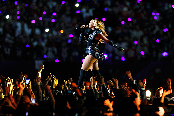 Beyonce performs during the half time show in the NFL Super Bowl XLVII football game in New Orleans, Louisiana, February 3, 2013.  — Reuters Photo