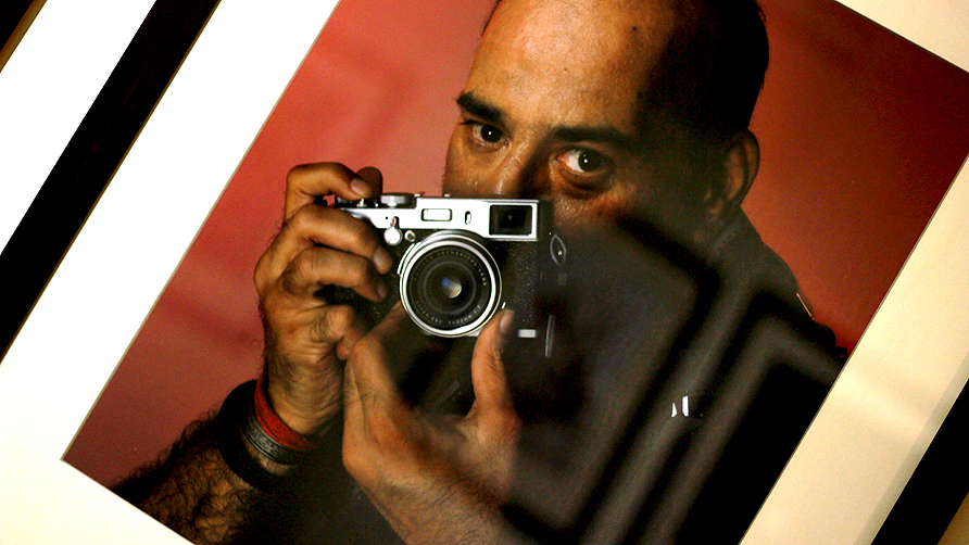 Self portrait by Arif Mahmood. -Photo by Shameen Khan/Dawn.com
