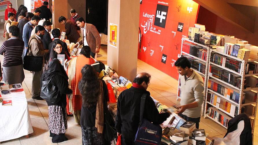 Book enthusiasts browse the stalls during the lunch break.