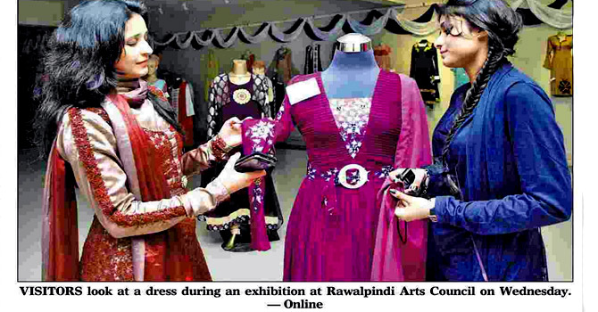 Fashion Exhibition By Students At Arts Council Pakistan Dawn Com
