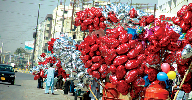 Heart-shaped balloons give a festive look to the Clifton area near Schon Circle on Wednesday. — White Star Photo