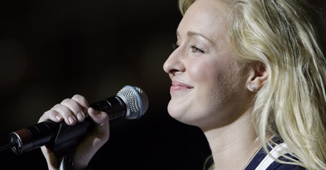country singer Mindy McCready performs in Nashville, Tenn. McCready, who hit the top of the country charts before personal problems sidetracked her career, died Sunday, Feb. 17, 2013. She was 37. — AP Photo