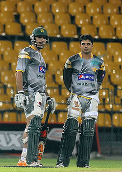misbah-ul-haq, mohammad hafeez, pakistan south africa 2nd test, cape town, pakistan cape town, pakistan newlands, mike haysman, pakistan mike haysman, dale steyn, vernon philander, morne morkel, umar gul, junaid khan, mohammad irfan, pakistan south africa test series, mohammad zahid, pakistan's tour of south africa, pakistan south africa coverage, pakistan south african invitation XI, mohammad hafeez, nasir jamshed, misbah-ul-haq, graeme smith, gary kirsten, dav whatmore, saeed ajmal, pakistan south africa 1st test, pakistan south africa johannesburg, pakistan south africa test series, pakistan south africa, pakistan south africa test, graeme smith, pakistan south africa coverage, ab de villiers, jack russel, pakistan south africa wanderers, pakistan south africa 1st test, pakistan south africa live, pakistan south africa coverage