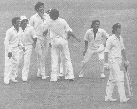Sarfraz gets rid of Gary Coziar. (From Left): Sadiq, Mushtaq, Sarfraz, Imran, Javed and Cozier.