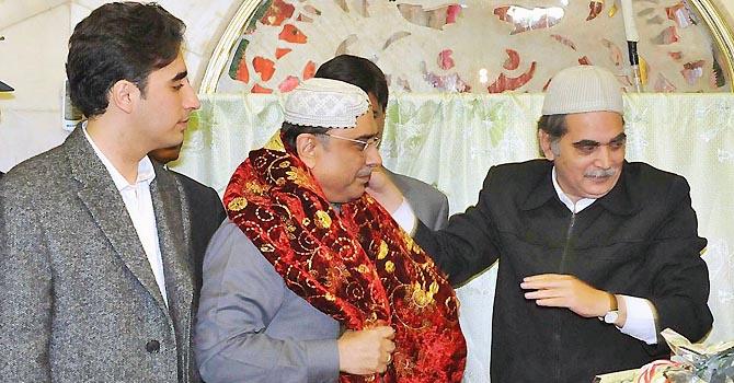 Swiss govt shuts the door on Zardari case