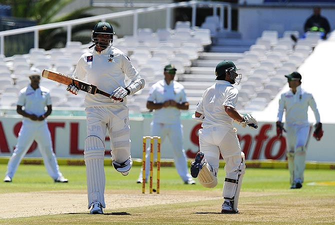 Pakistan cricketer Muhammad Irfan plays a shot off the bowled of unseen South African cricketer Jacques Kallis. -Photo by AFP