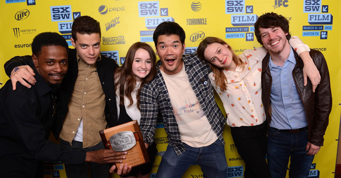 "(L-R) Actor Keith Stanfield, actor Rami Malek, actress Kaitlyn Dever, director Destin Cretton of the film ""Short Term 12,"" actress Brie Larson and actor John Gallagher Jr. pose with the Grand Jury Award for Narrative Feature at the 2013 SXSW Film Awards. —Photo by AFP"
