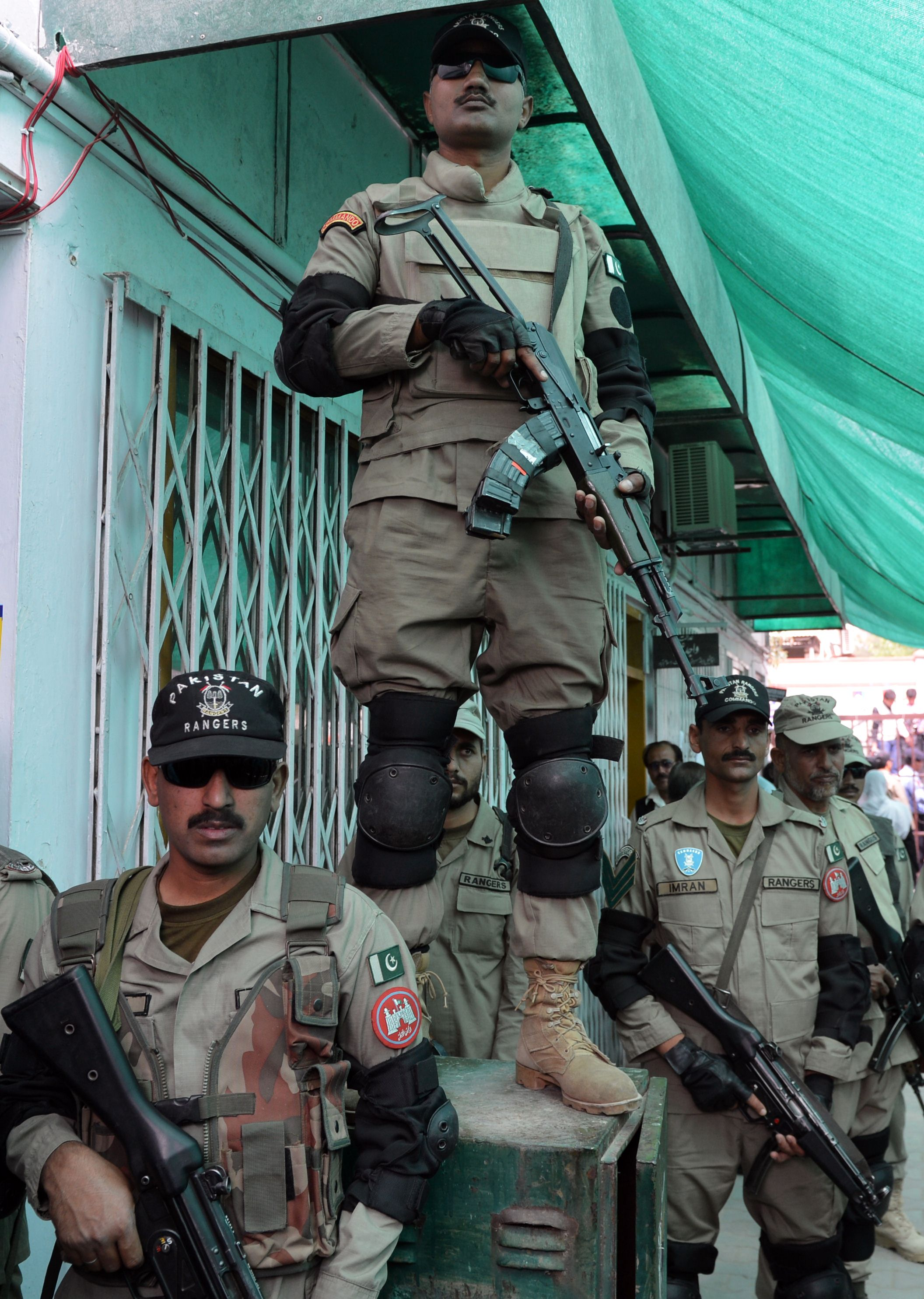 Pakistani soldiers are deployed outside an anti-terrorism court before the police produce former Pakistani president Pervez Musharraf in Islamabad. — AFP Photo
