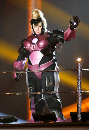Host Rebel Wilson, closes the show in an Iron Man suit at the 2013 MTV Movie Awards.