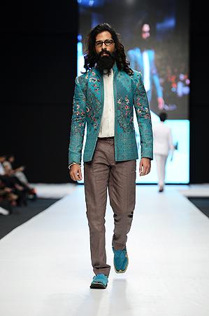 Designer: Arsalan Yahseer