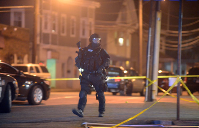 Bostonbombing-police-670