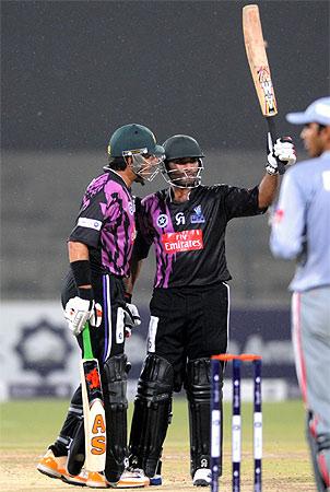 faisalabad wolves, sialkot stallions, super eight t20 cup, pakistan cricket, misbah-ul-haq, shoaib malik