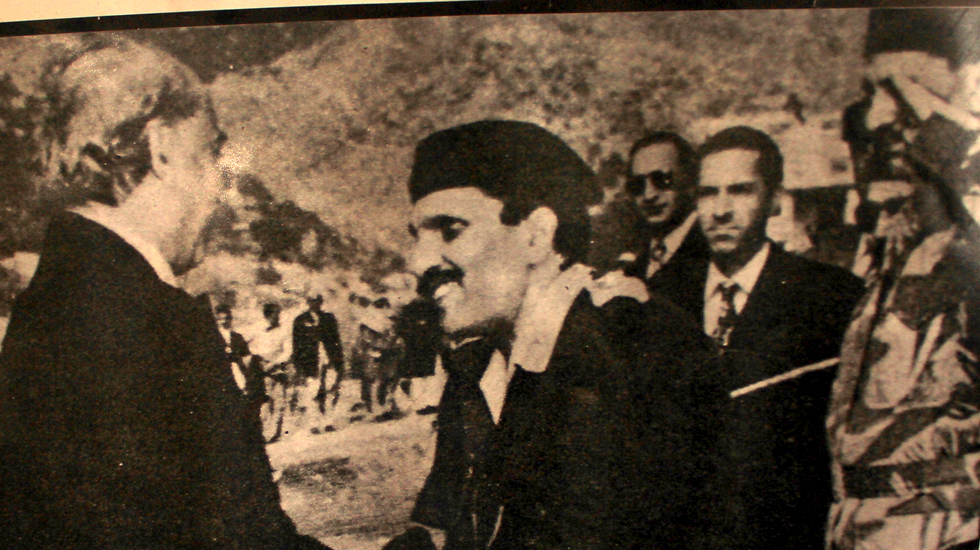 Zulfikar Bhutto shaking hands with Zia ul Haq. - Photo Courtesy: Dawn Archives
