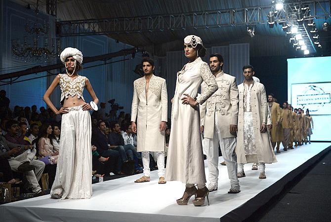Designer: Nauman Afreen