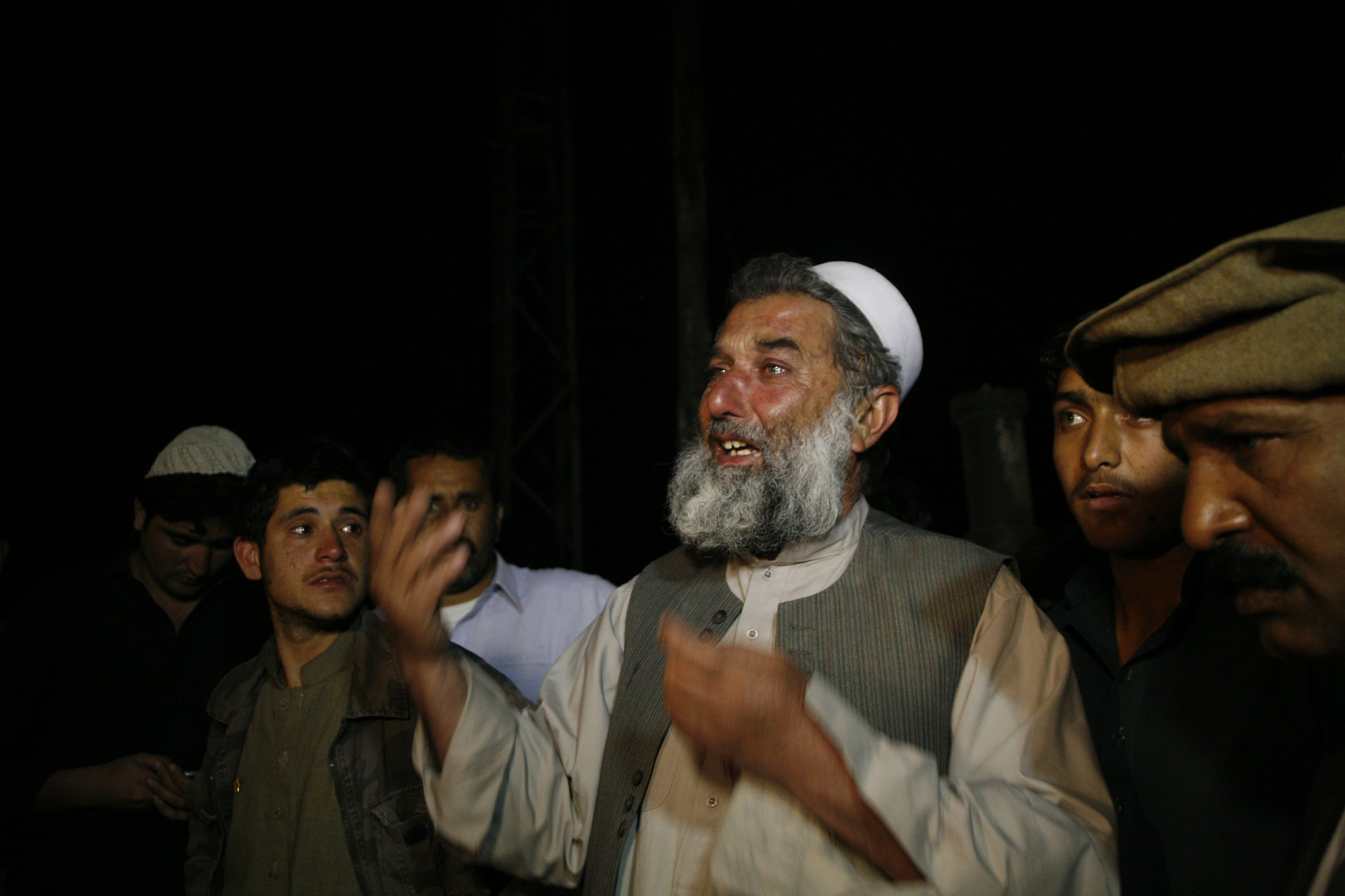 A man reacts at the site of a bomb blast where his children were injured in Quetta April 23, 2013. Pakistan's ethnic Hazara minority suffered a fresh blow on Tuesday when a suicide car bomber killed at least five people and wounded dozens in the attack in Quetta that came close to killing one of the community's top politicians, police said. — Reuters Photo