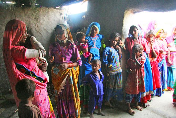 pakistan-feminisation-poverty-1