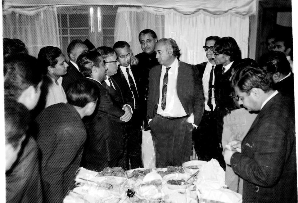 ZAB in consultation with party members right after the 1970 election results were announced.