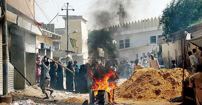 Karachi-violence-670