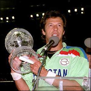 Imran Khan with the World Cup, 1992