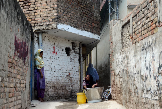 Women on the lookout for water in Rawalpindi. The energy crisis across Pakistan has halted water supply in Rawalpindi and Peshawar. Clean drinking water remains a scarce resource throughout the country.