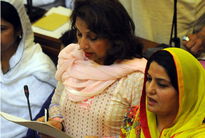 Pakistan's largest minority, women, are represented in this Sindh assembly. Despite the heartbreak people face in their daily lives, there is renewed hope in the progress of democracy. Only time will heal the deep-rooted wounds. However, the question is, how long?