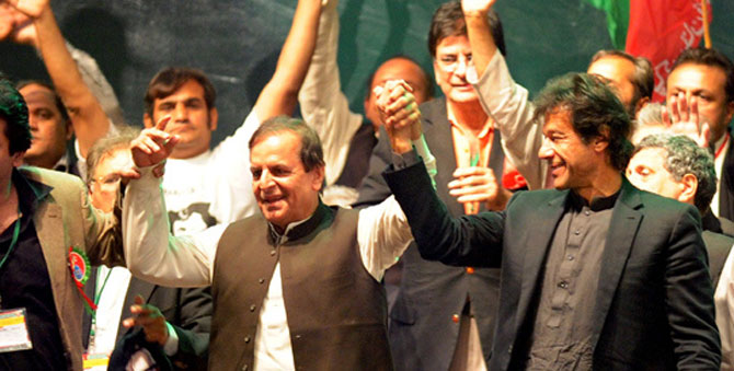 Javed Hashmi on Sunday clarified that Imran Khan was his leader and he admired him for attempting to bring a new political culture in the country. - File photo