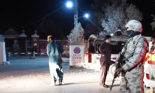 Terrorists storm police training college in Quetta