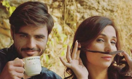 Arshad Khan's next music video is a Noor Jehan rip-off!